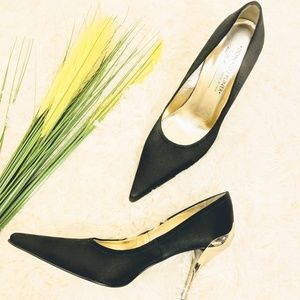 Donald J Pilner gold black heels